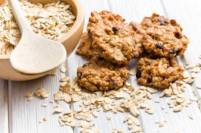 Oatmeal cookie with honey