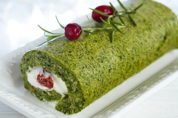 Spinach and cream cheese roll